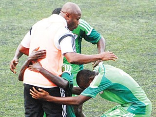 Eaglets-AND-COACH-AMUNEKE