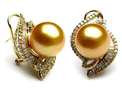 Gold-Pearl-Earrings1