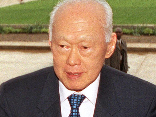 """Lee Kuan Yew"" by Robert D. Ward - Cropped by Ranveig from http://www.defenselink.mil/photos/newsphoto.aspx?newsphotoid=3963.. Licensed under Public Domain via Wikimedia Commons."