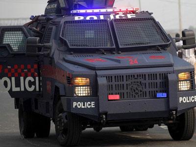 POLICE-APC