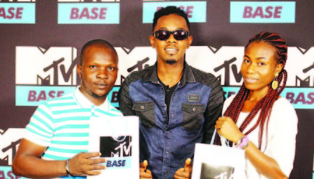 Patoranking and fans
