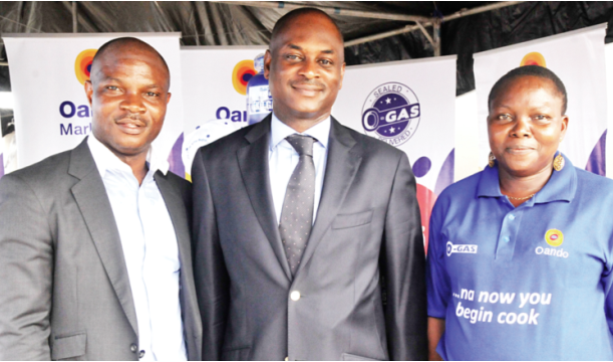 Head, LPG, Oando Marketing Plc, Ganiyu Azeez (left); President, Nigerian LPG Association, Dayo Adesina; and Regional Manager, West, Oando Marketing Plc,