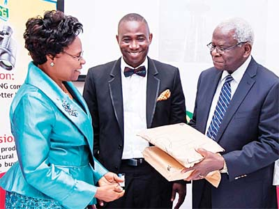 General Manager, External Relations, NLNG, Dr Kudo Eresia-Eke (middle); Chairman, Literature Advisory Board, Emeritus Professor Ayo Banjo (right); and Chairman, panel of judges for 2015 Edition of The Nigeria Prize for Literature, Prof. Uwemedimo Enobong Iwoketok (left) at the presentation ceremony of the entries to the judges in Lagos... last week