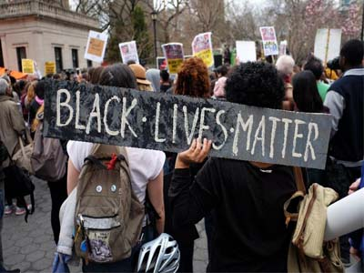 Protesters gather at Union Square in New York on April 14, 2015 during a demonstration against the recent shooting death of Walter Scott by a South Carolina police officer. PHOTO: AFP