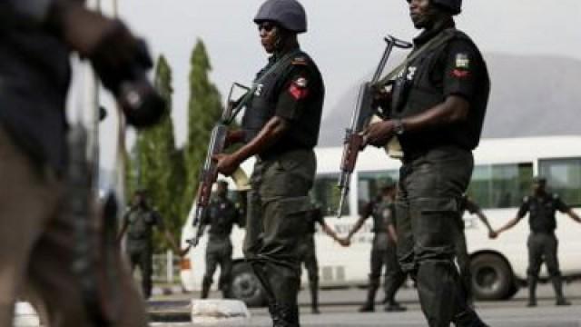 Nigerian Police. Image source defenceweb