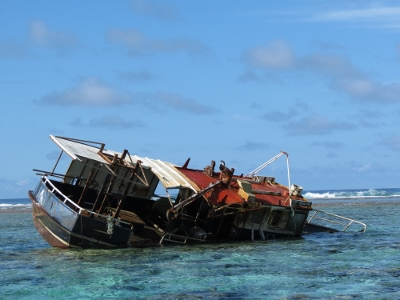 A wrecked ship. Image source mvdirona