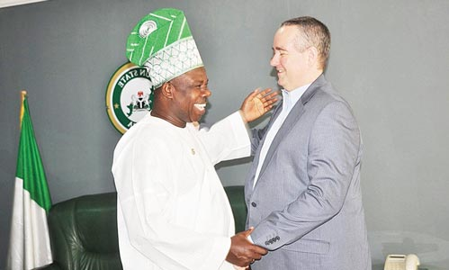 United States Consul General, Lagos, Jeffrey Hawkins (right), Ogun State Governor, Ibikunle Amosun when the envoy visited the governor to congratulate him on his re-election at the Governor's Office, Oke-Mosan, Abeokuta