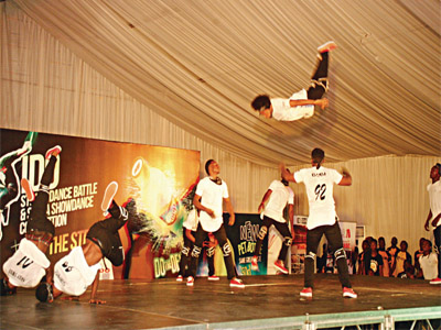Hiphop group thrilling the fans with enthralling displays