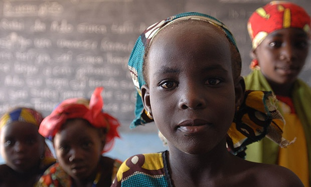 Nigerian-girls-at-a-schoo-011