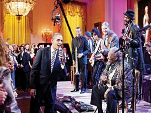President Barack Obama and B.B. King singing Sweet Home Chicago on February 21, 2012