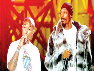 Pharell (left) and Snoop Dogg