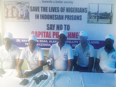 Nigerian based in Netherland and member, United Nigerians In Diaspora (UNID), Austine Analikwu (left); Public Relations Officer (P.R.O), Nwabueze Kenneth; President, Dr. Paschal Okezie Okoli; Sunday Obianika and Amara Kelvin at the event