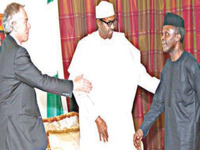 Former United Kingdom Prime Minister, Tony Blair (left); President-elect, Major-Gen. Muhammadu Buhari (rtd) and Vice President-elect, Prof. Yemi Osinbajo, during Blair's visit to Buhari at Defence House, Abuja…yesterday.
