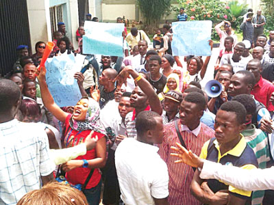 Students of LASU protesting the prolong closure of the school
