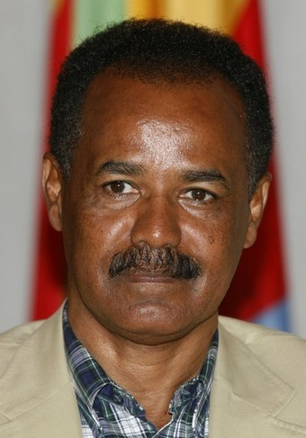 """Eritrea's President Isaias Afwerki is interviewed in Asmara May 13, 2008. U.N. fears that a pullout of peacekeepers on the Eritrea-Ethiopia border may lead to a new war are unfounded scaremongering and a """"gimmick"""" to cover the world body's failings, Afwerki said on Tuesday. REUTERS/Radu Sigheti (ERITREA)"""