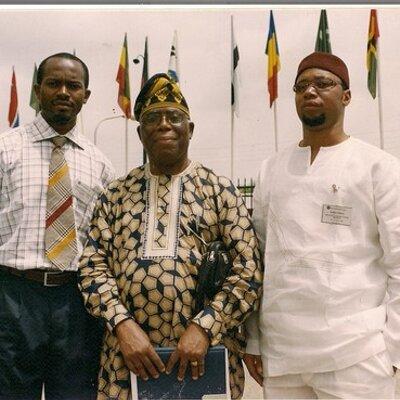 Prof. Albert Ilemobade ( middle)