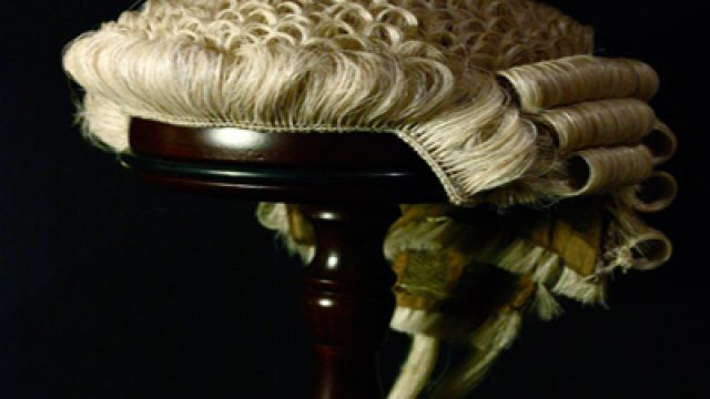 barrister-wig612
