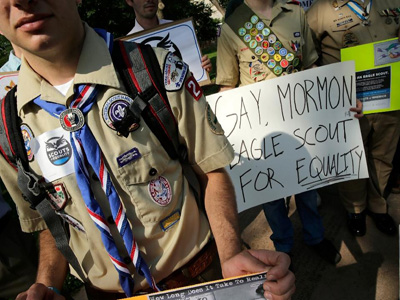 Members of Scouts for Equality hold a rally to call for inclusion for gays in the Boy Scouts of America, in Washington, DC on May 22, 2013 (AFP Photo/Win Mcnamee)