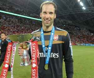 Cech holding the Barclays Asia Trophy won by Arsenal on July 18, 2015. PHOTO: Arsenal.com