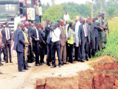 Erosion threatening Calabar-Itu highway in Akwa-Ibom State