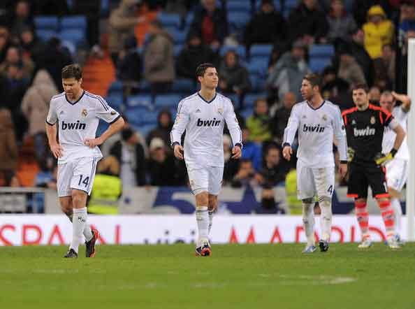Cristiano+Ronaldo+Xabi+Alonso+Real+Madrid+ZKUKaNKP1AFl