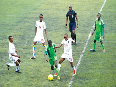 Golden Eaglets battling with Congo during the qualifiers for the African U-17 Championship. The team will face Croatia, USA and Chile in Group A of the U-17 World Cup.                        PHOTO: FEMI ADEBESIN-KUTI