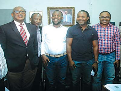 Editor, The Guardian On Sunday, Abraham Ogbodo (left), Greg Nwakunor, also of The Guardian, Super Eagles' former striker, Victor Ikpeba (second right), Public Relations Officer, SuperSport, Mr. Bede Nwokoye (right) and football analyst, Aikhoje Ojeikhere (third right) when the SuperSport team paid a courtesy visit to the Rutam House…on Tuesday.                                    PHOTO: CHARLES OKOLO