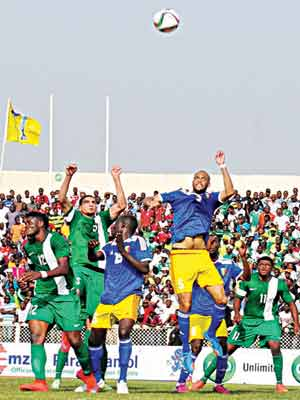 Super Eagles players and their Chadian counterparts vying for possession during their recent Gabon 2017 African Nations Cup qualifier in Kaduna. The Eagles beat Niger Republic 2-0 in an international friendly…yesterday.