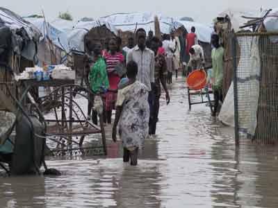 Flood-destroys-farms-