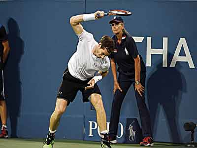 Andy Murray breaks his racket after losing to South Africa's Kevin Anderson at the 2015 US Open… yesterday.               PHOTO: AFP