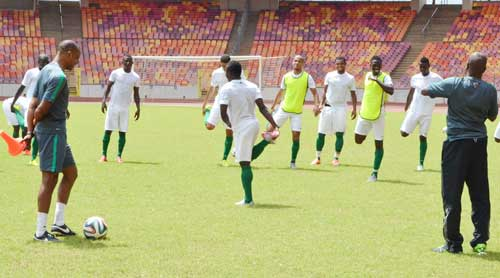PIC.-4.-SUPER-EAGLES-TRAIN-FOR-TANZANIA-IN-ABUJA