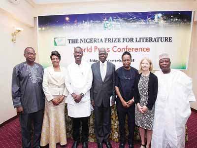 Jury member, Prof. Charles Bodunde (left); jury chair University of Jos don, Prof. Uwem Iwoketok; NLNG General Manager, External Relations, Dr. Kudo Eresia-Eke; Chairman, Advisory Board, prof. Ayo Banjo, member Advisory Board, Prof. Ben Elugbe; International Consultant Jury and University of Newcastle don, Prof. Kim Reynolds and member, Advisory Board, Prof. Jerry Agada at the world press conference last Friday to announce the nil prize by Nigeria Liquified Natural Gas Limited-sponsored The Nigeria Prize for Literature… in Lagos