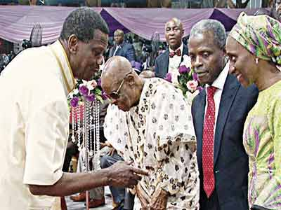 General Overseer (GO), Reedemed Christian Church of God (RCCG), Pastor Enoch Adeboye (left); his deputy, Pastor Joseph Abiona; VicePresident, Prof.YemiOsinbajoand wife,Dolapo; during a specialHolyGhostserviceatthe Redemption Campin Ogun State.