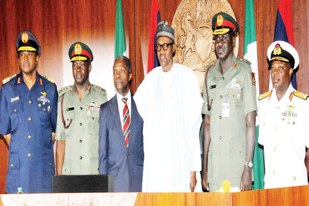 President Buhari; Vice President Yemi Osinbajo and Service Chiefs at a session