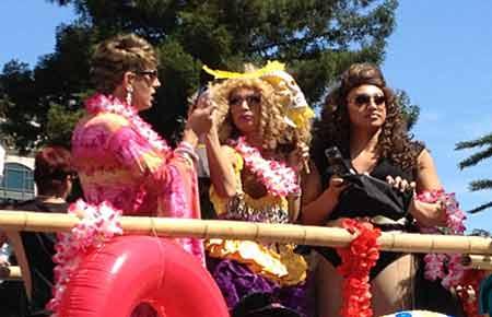 PHOTO: www.purpleroofs.com