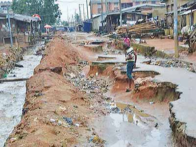 Gully erosion, flood in the affected community