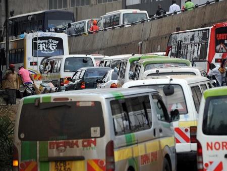 Giant Kenya traffic jam stretches to third day