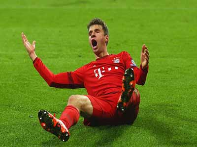 Thomas Muller became the youngest player to reach 50 Champions League wins on Tuesday evening. Photo: Dailymail.co.uk