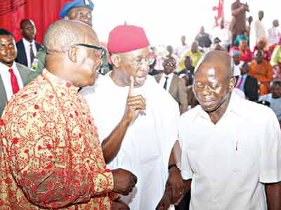 Delta State Governor, Senator Ifeanyi Okowa (middle); his Edo State counterpart, Adams Oshiomole (right); and immediate past Delta State Governor, Dr, Emmanuel Uduaghan (left) at the event