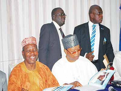 Immediate past president, Association of Consulting Engineers of Nigeria (ACEN), Dr. Temilola Kehinde, Chairman of the occasion, Prince Adelusi-Adeluyi, ACEN's Membership Services Manager, Kola Idowu, and its Managing Director, Abolaji Ogunsanya during the group's Eminent Icon Honours Award held in Lagos recently
