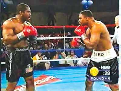 Before going to jail, Ike Ibeabuchi (left) defeated Chris Byrd, who went on to become heavyweight champion of the world.