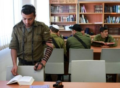 Israeli law renews