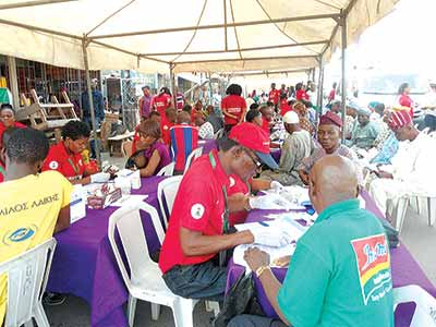 Residents of Shomolu, Lagos State benefitting from free four-day medical care programme organized by the National Agency for the Control of AIDS (NACA), which ran from Monday December 14 to Thursday December 17, 2015 at strategic locations within the Shomolu Local Government Area (LGA).       PHOTO: VICTORIA NJOKU