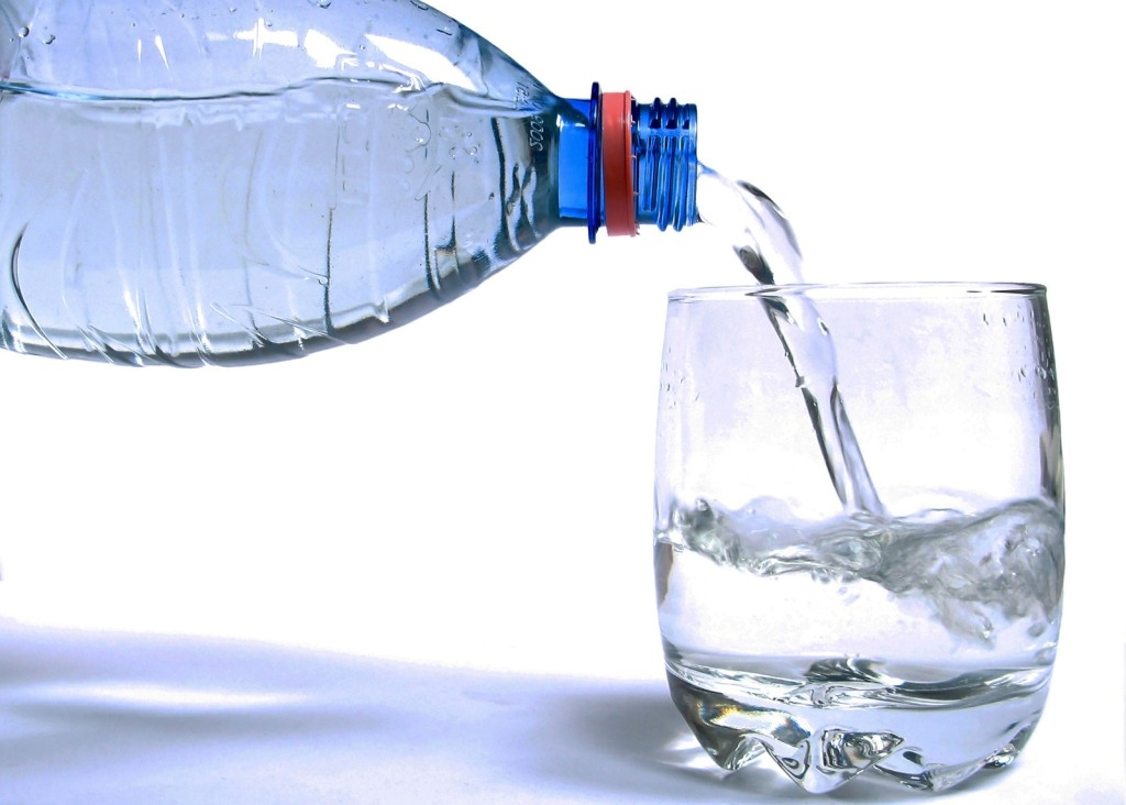 Drinking-Water-PET-to-glass1