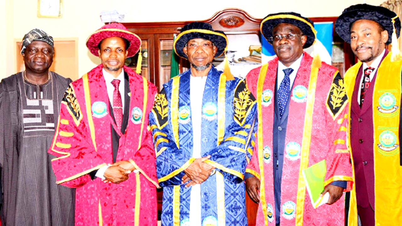 Former Governor of Osun State, Olagunsoye Oyinlola (left); Acting Vice Chancellor, University of Osun, Prof. Oguntola Jelili Alamu; Governor Rauf Aregbesola; Chairman of Council & Pro-Chancellor, Prof. Ajibola Obafemi and Prof. Omigbodun Akinyinka during the convocation ceremonies of the institution…yesterday