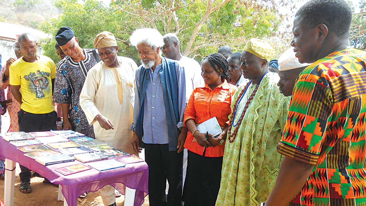 Founder, Ebedi International Writers Residency, Dr. Wale Okediran (second left); guest, Prof. Wole Soyinka; Aseyin of Iseyin, His Majesty Abdulganiyu Adekunle Salaudeen Ologunebi Ajinase 1 (second right) and Prof. Remi raji-Oyelade (first right) at event… in Iseyin