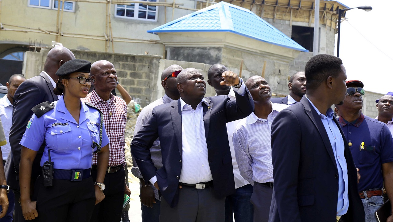 Governor Akinwunmi Ambode during an inspection of the site of the collapsed building Lekki Gardens PHOTO: LAGOS STATE GOVERNMENT