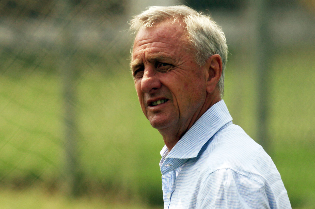 (FILES) This file photo taken on June 13, 2012 shows  Dutch former football player Johan Cruyff looking on at a training session of Mexican team Chivas in Guadalajara on June 13, 2012.  Johan Cruyff, one of the greatest footballers in history, died on March 24, 2016 at the age of 68 after losing his battle with cancer, it was announced on his official Twitter account. / AFP / HECTOR GUERRERO AND -