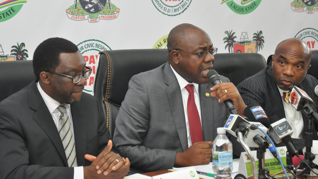 LIRS Chairman Mr Olufolarin Ogunsanwo (middle) making a point at a press conference held at the Bagauda Kaltho