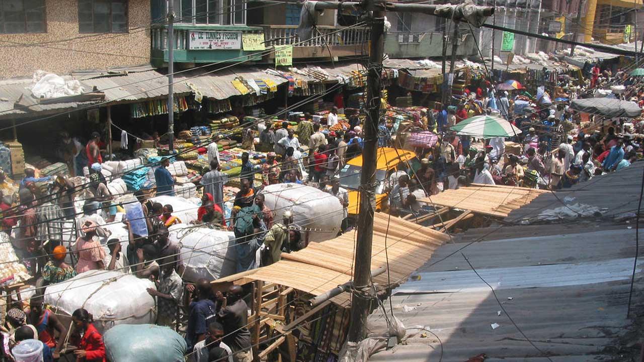 Market_Lagos_Nigeria_12129005